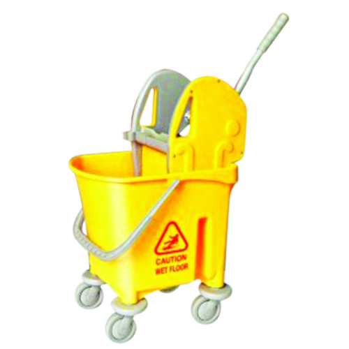 mop bucket with wringles